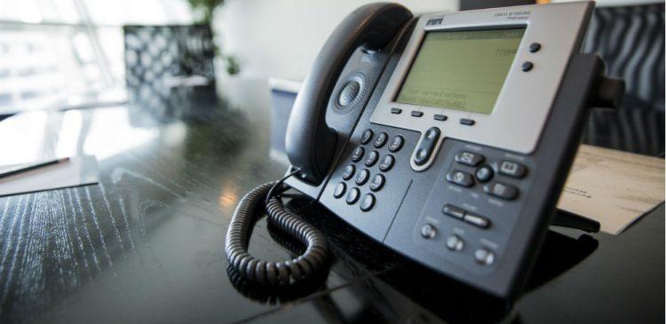 Los Pros y Contras de cambiar tu sistema telefónico a telefonía VoIP