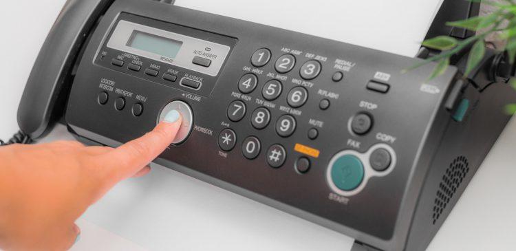 5 Cosas a considerar al elegir una máquina de fax para tu negocio