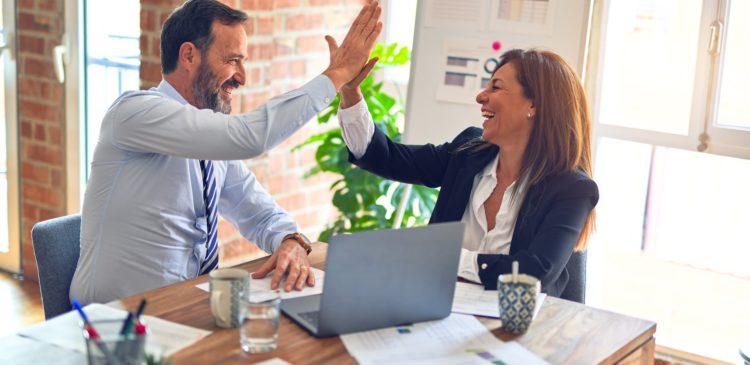 Estrategias para mejorar la experiencia del cliente con Speech Analytics